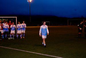 Søreides kaptein ble etter kampslutt tildelt pokal for 2.plass i Lagunen Fotballfest 2016